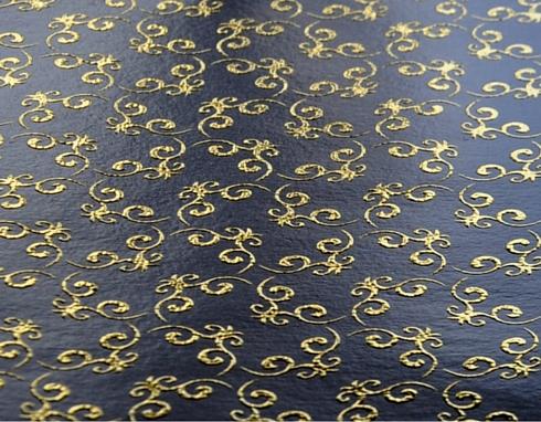 Decalcomania stampata a freddo con decorazioni in oro in rilievo