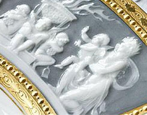Bassorilievo realizzato con decalcomanie stampa a rilievo